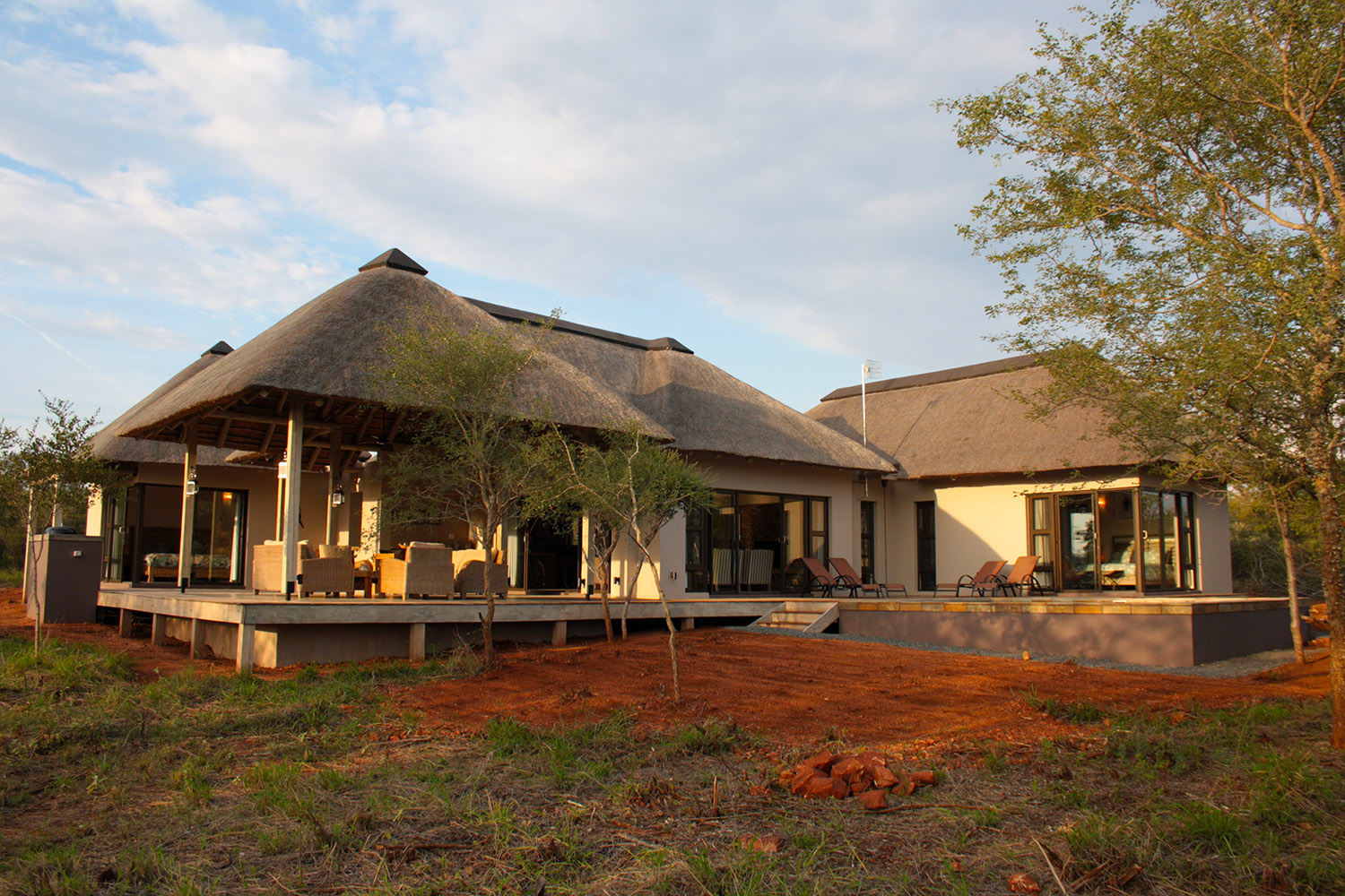 African Thatch House Designs - Best House 2018 on south tv, south sa, south be,